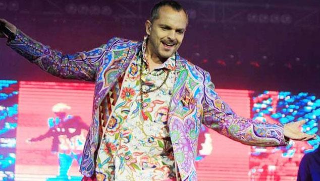 imagen Miguel Bosé se retira de la música hasta 2015