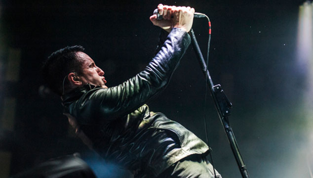 "imagen Nine Inch Nails toca ""All the love in the world"" por primera vez en vivo (VIDEO)"