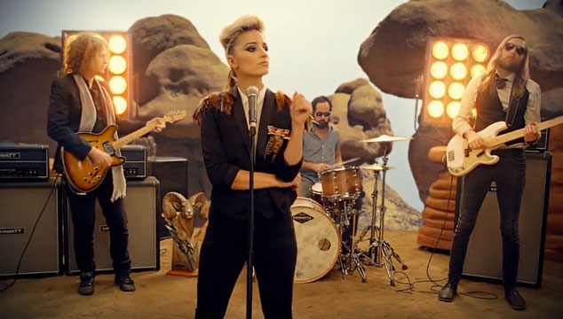 "imagen The Killers estrena el videoclip de ""Just another girl"", protagonizado por Dianna Agron de Glee"