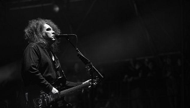"""imagen The Cure toca """"Burn"""" por primera vez en vivo (VIDEO)"""