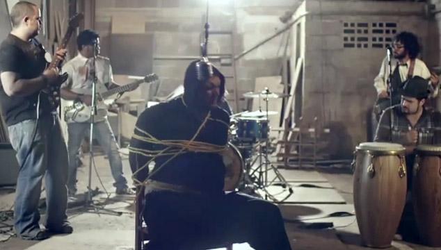"""imagen Wannamaker critica a la industria musical en su polémico videoclip """"El Sonidito"""""""