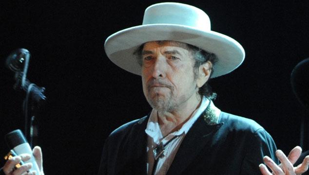 imagen Bob Dylan es acusado de racismo