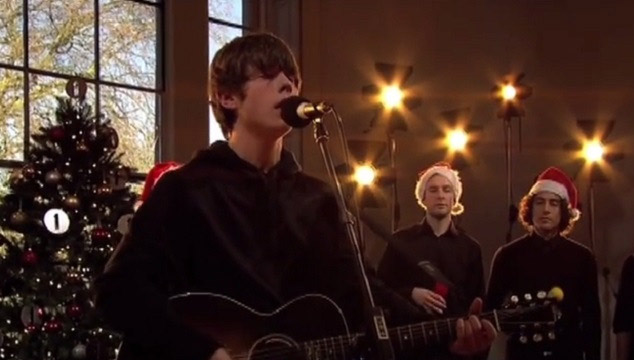 "imagen Jake Bugg hace un cover de ""Happy Xmas (War Is Over)"" de John Lennon (VIDEO)"