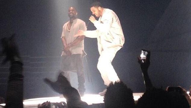 imagen Kanye West canta junto a Drake en el cierre de su gira (VIDEO)