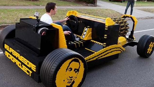 imagen Crean un carro hecho con 500.000 piezas LEGO y funciona (VIDEO)