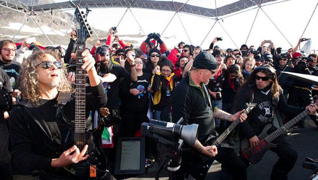 imagen Metallica deja escuchar completo su disco grabado en vivo en la Antártida