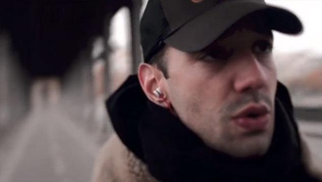 """imagen Recorre las calles de Paris con """"Strange Tidings"""", el nuevo video de Albert Hammond Jr. (The Strokes)"""