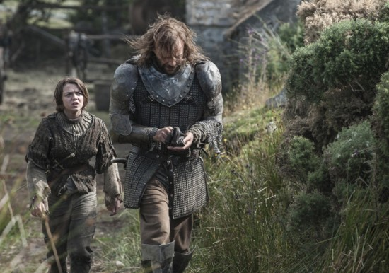 Game-of-Thrones-Season-4-Arya-and-The-Hound-550x386