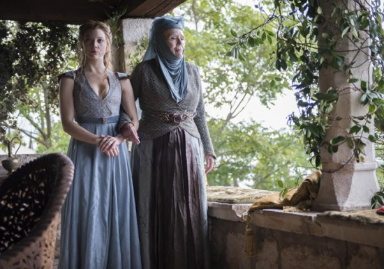 Game-of-Thrones-Season-4-Margaery-and-Olenna-550x386
