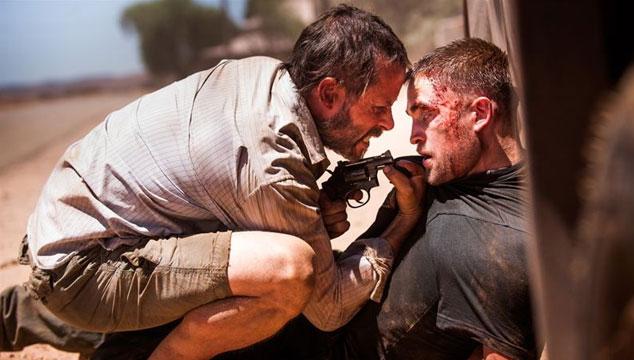 imagen Robert Pattinson sufre en el primer tráiler de 'The Rover'