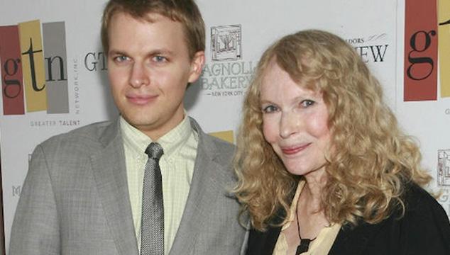 imagen El ataque de Mia Farrow y su hijo contra Woody Allen durante el homenaje de los Golden Globes