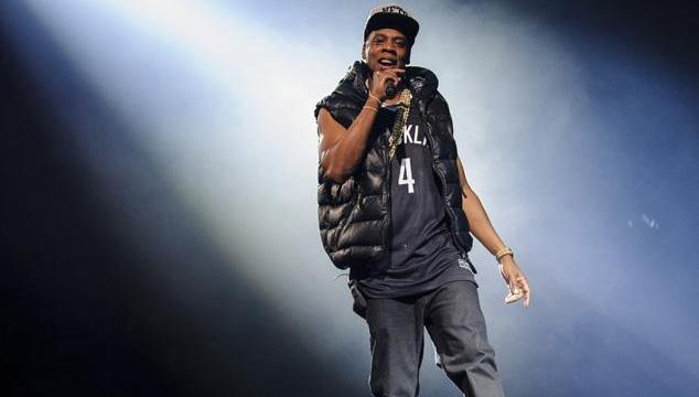 """imagen Jay Z monta en tarima a un niño de 12 años para que rapee con él """"Clique"""""""