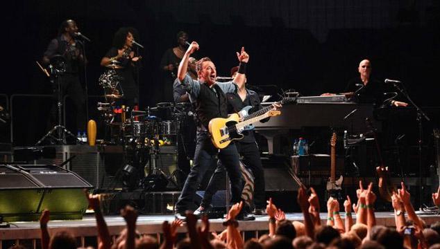 """imagen Bruce Springsteen versiona """"Highway to Hell"""" de AC/DC (VIDEO)"""