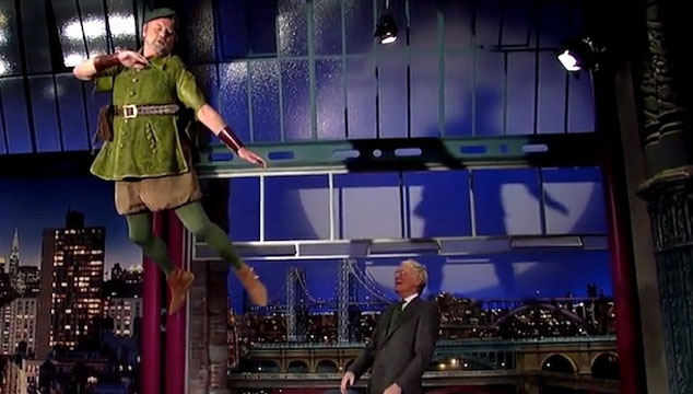 imagen Bill Murray le vuela como Peter Pan a David Letterman (VIDEO)