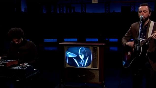 """imagen Broken Bells y Ringo Starr versionan """"And I Love Her"""" de The Beatles en el show de David Letterman (VIDEO)"""