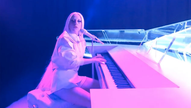 imagen La impresionante interpretación de Lady Gaga en 'Tonight Show Starring Jimmy Fallon'