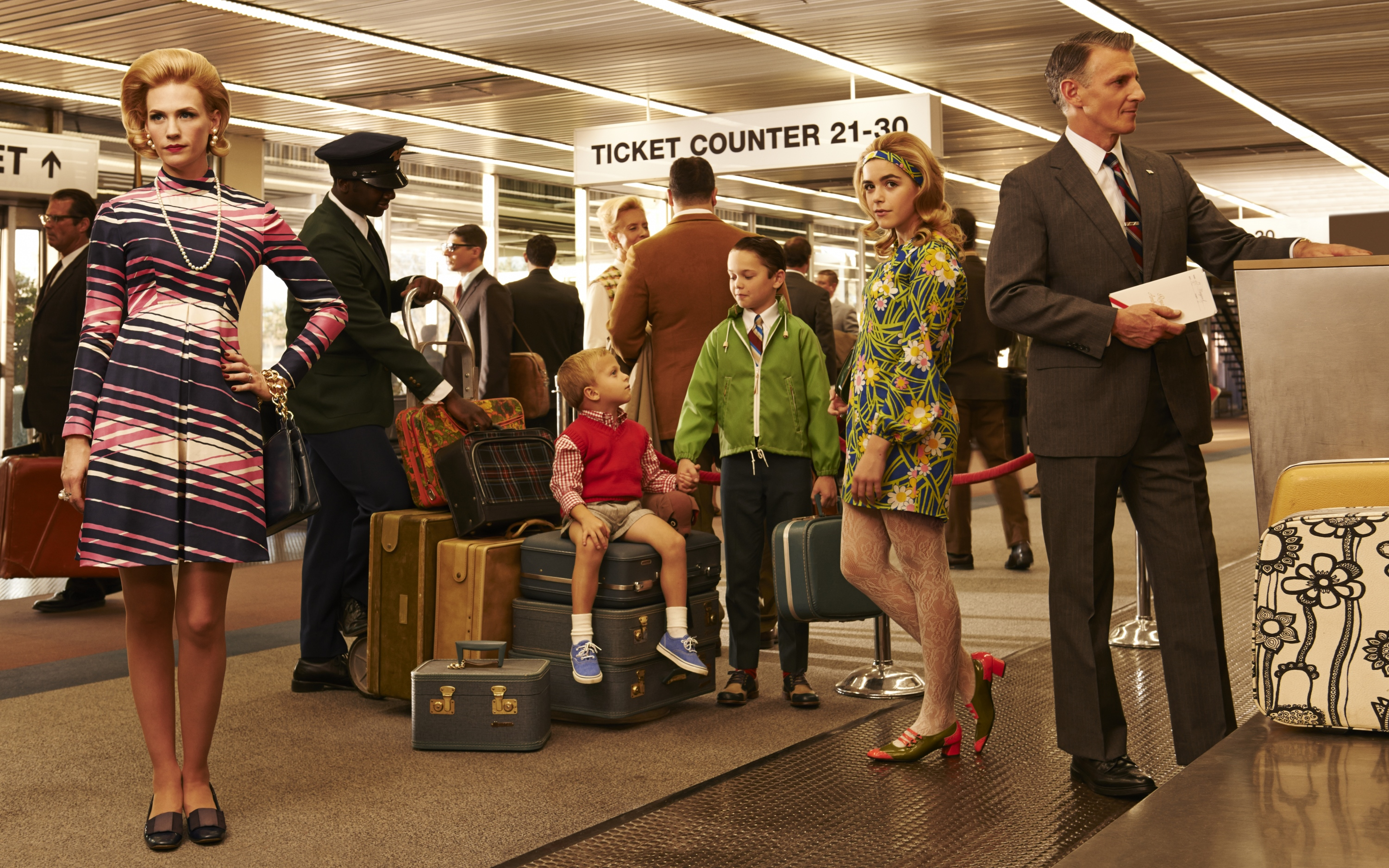 Mad-Men-Season-7-Francis-family