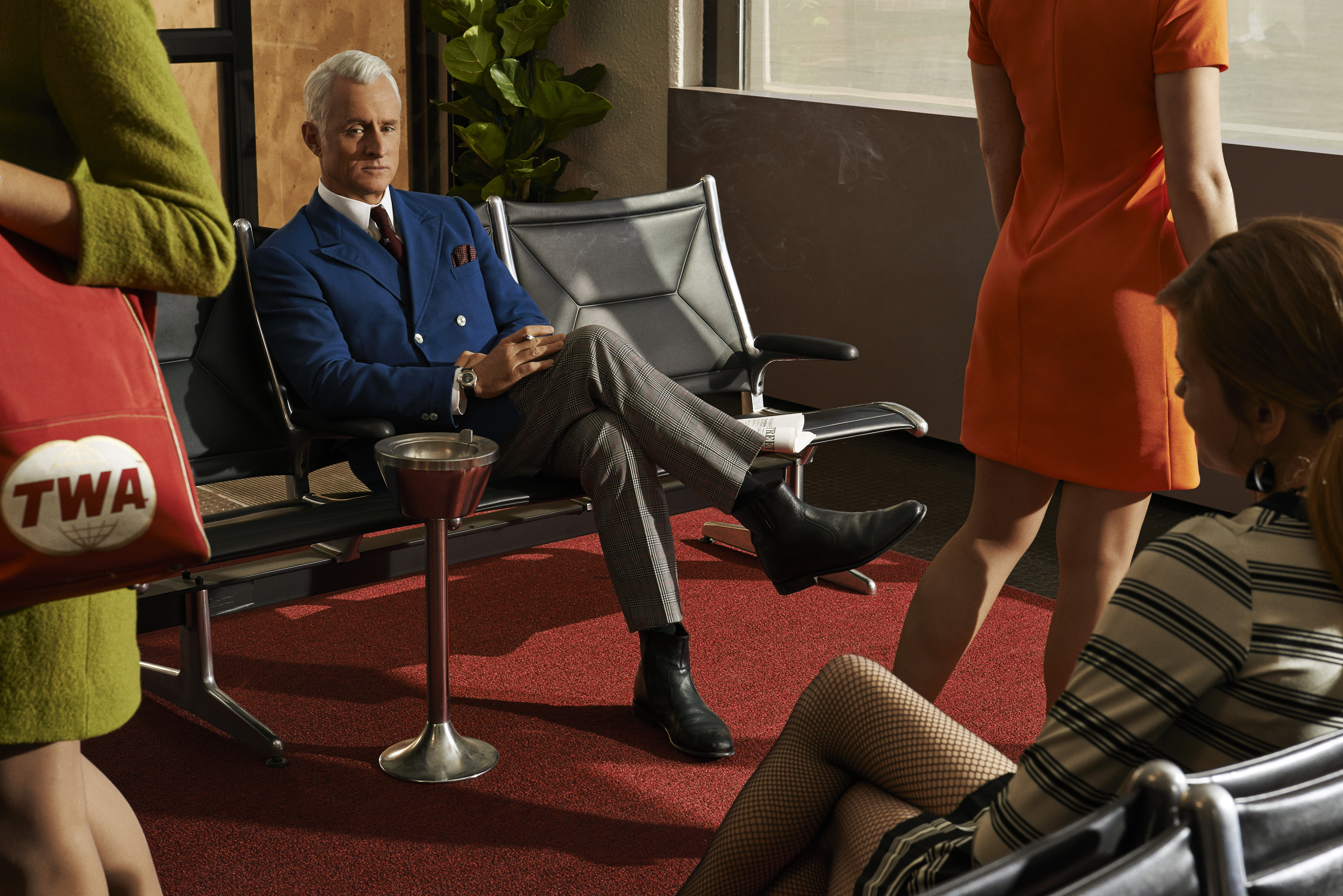 Mad-Men-Season-7-John-Slattery-as-Roger-Sterling