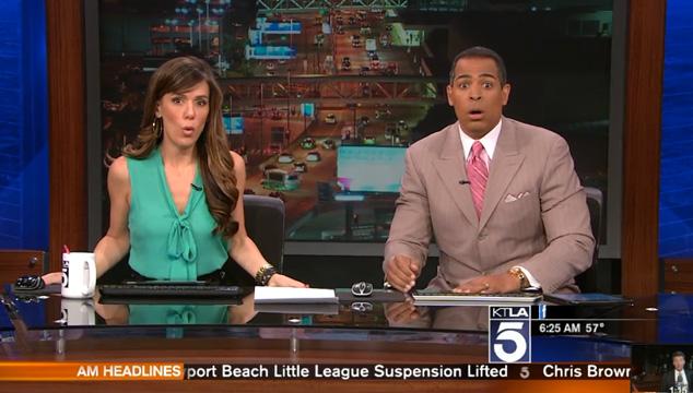 imagen Comenzó un terremoto en pleno noticiero en vivo (VIDEO)