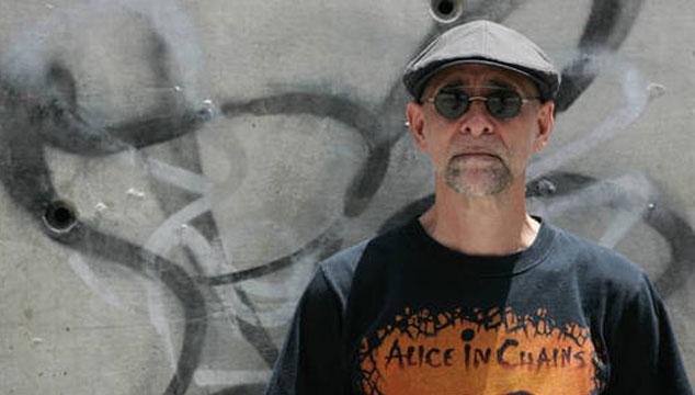 """imagen Félix Allueva: """"Cuando un músico recibe ayuda del Gobierno accede a ponerse un bozal y unas esposas ideológicas"""""""