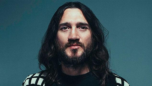 imagen Escucha 'Enclosure', nuevo álbum de John Frusciante