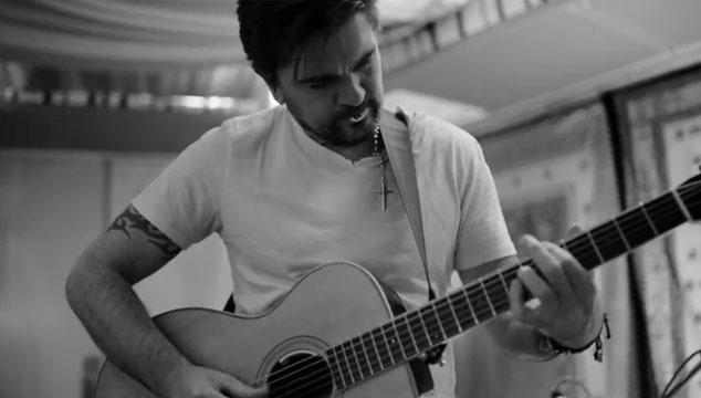 """imagen Juanes estrena """"Mil pedazos"""", segundo sencillo de su disco 'Loco de amor'"""