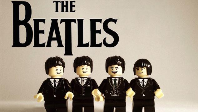 imagen 20 bandas icónicas, recreadas en LEGOS (FOTOS)