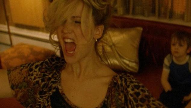 imagen Mira una escena borrada de 'American Hustle' con Jennifer Lawrence cantando un tema de Santana (VIDEO)