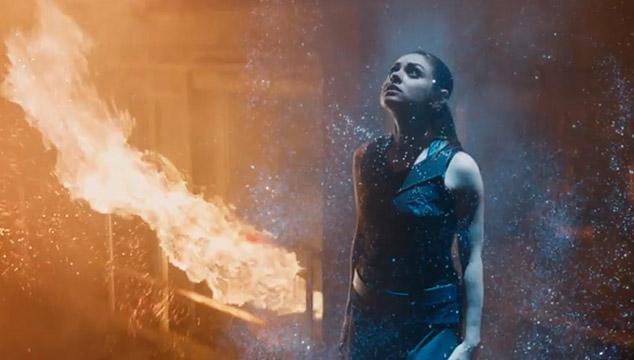 imagen Se estrena otro tráiler de 'Jupiter Ascending', lo nuevo de los Wachowski con Mila Kunis