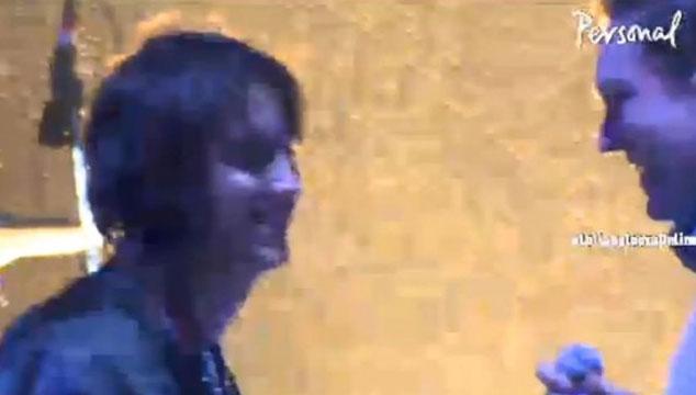 imagen Julian Casablancas apareció con Arcade Fire en Lollapalooza Argentina (VIDEO)