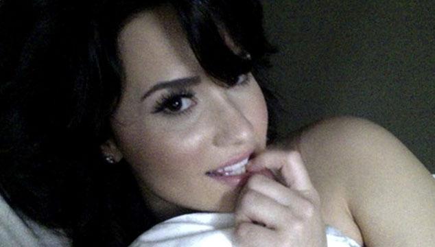 imagen Se filtran fotos de Demi Lovato desnuda junto a Wilmer Valderrama