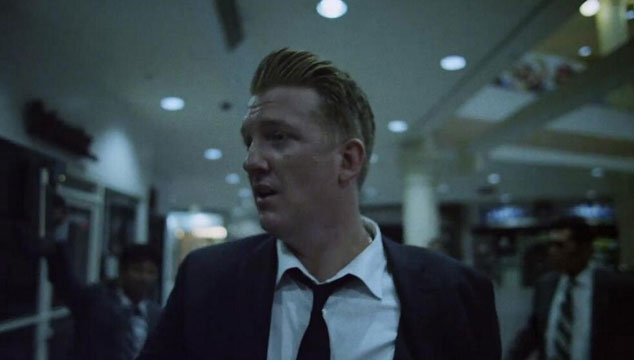 "imagen Queens of the Stone Age estrena el videoclip de ""Smooth Sailing"""
