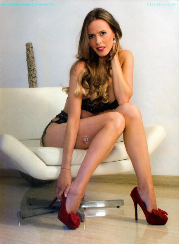 Sofia es una latina muy hermosa y muy tetona - 4 7