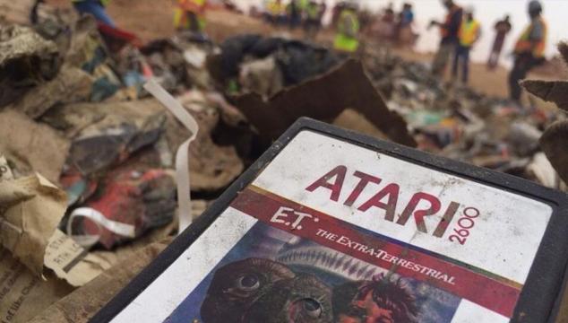 imagen Atari, Game Over: Desenterrar el mito del peor video juego de la historia, por Sergio Monsalve