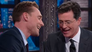 tom-hiddleston-stephen-colbert