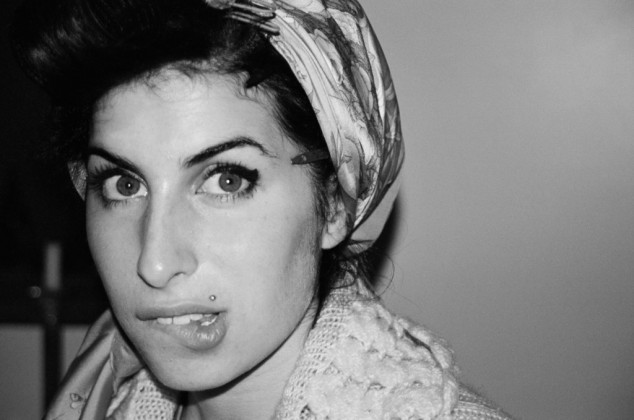 unseen-photos-of-a-young-amy-winehouse-were-the-happy-result-of-a-huge-thunderstorm-body-image-1463378911