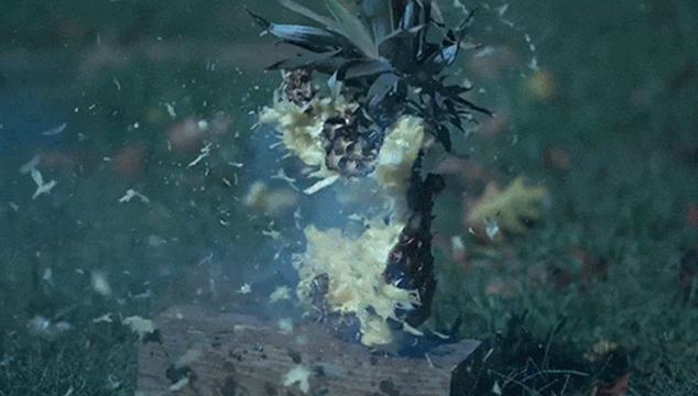 imagen Video innecesariamente en cámara lenta pero extrañamente satisfactorio: Frutas y vegetales explotando