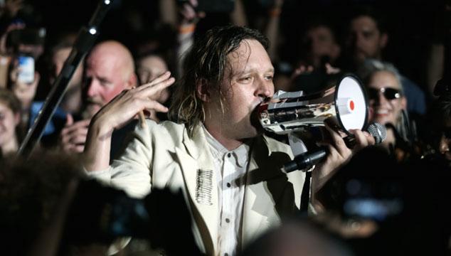 imagen Arcade Fire estrenó temas en un show secreto