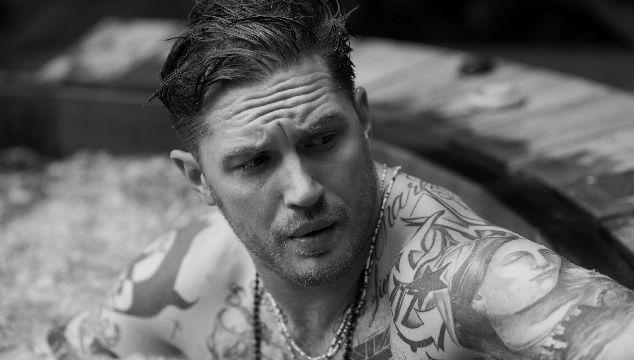 imagen Tom Hardy tiene que hacerse un tatuaje embarazoso tras perder una apuesta con Leonardo DiCaprio