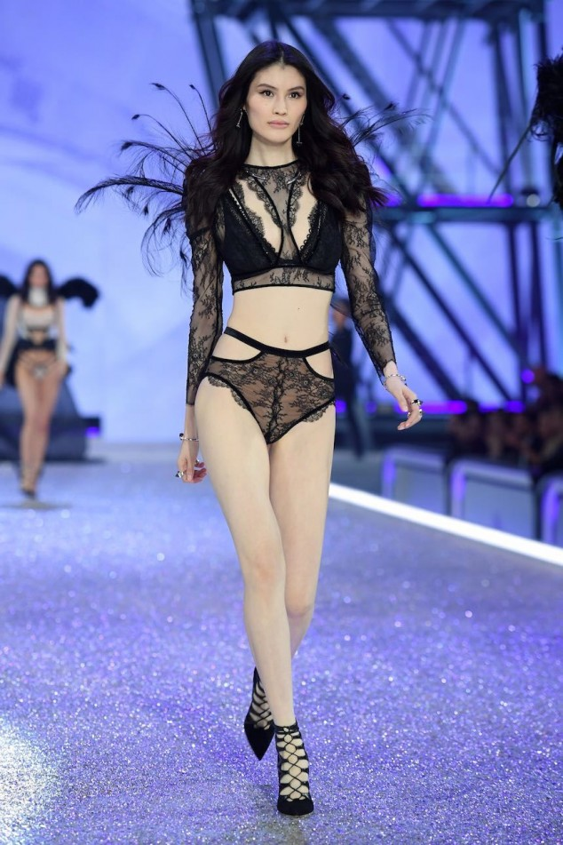 PARIS, FRANCE - NOVEMBER 30: Sui He walks the runway during the 2016 Victoria's Secret Fashion Show on November 30, 2016 in Paris, France. (Photo by Dimitrios Kambouris/Getty Images for Victoria's Secret)