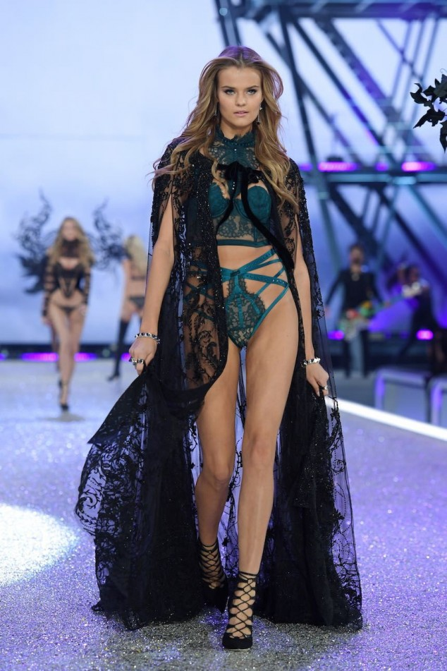 PARIS, FRANCE - NOVEMBER 30: Kate Grigorieva walks the runway during the 2016 Victoria's Secret Fashion Show on November 30, 2016 in Paris, France. (Photo by Dimitrios Kambouris/Getty Images for Victoria's Secret)
