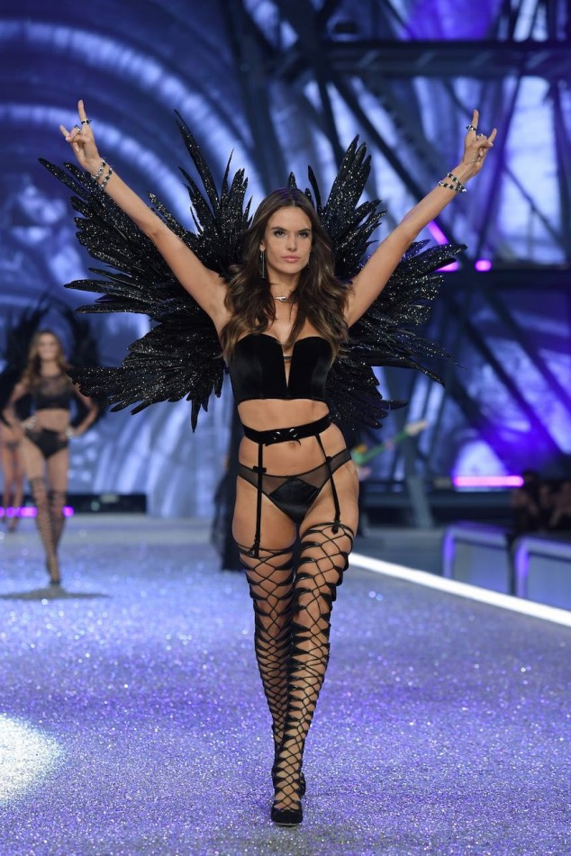 PARIS, FRANCE - NOVEMBER 30: Alessandra Ambrosio walks the runway during the 2016 Victoria's Secret Fashion Show on November 30, 2016 in Paris, France. (Photo by Dimitrios Kambouris/Getty Images for Victoria's Secret)