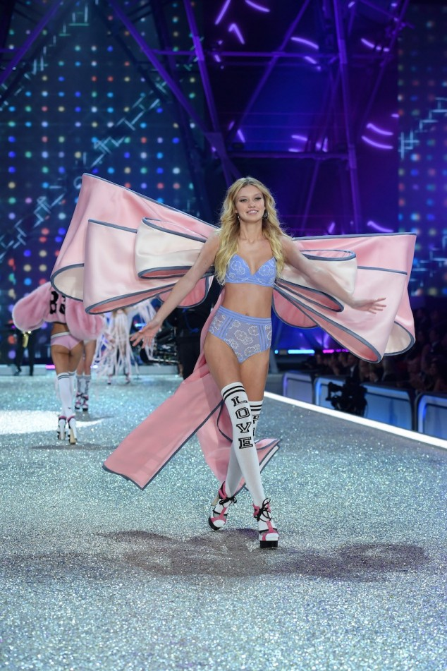 PARIS, FRANCE - NOVEMBER 30: Maggie Lane walks the runway during the 2016 Victoria's Secret Fashion Show on November 30, 2016 in Paris, France. (Photo by Dimitrios Kambouris/Getty Images for Victoria's Secret)