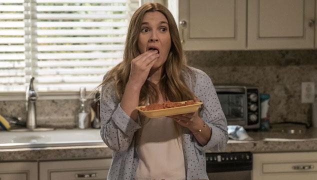 imagen Netflix lanza teaser tráiler de 'Santa Clarita's Diet', su comedia de caníbales con Drew Barrymore