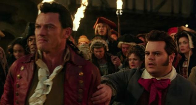 imagen Luke Evans y Josh Gad cantan en este clip de 'La Bella y La Bestia'