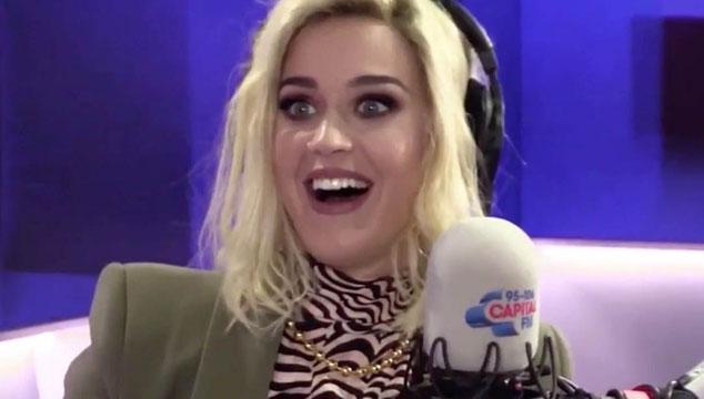 imagen Katy Perry interrogó a una fanática con un detector de mentiras