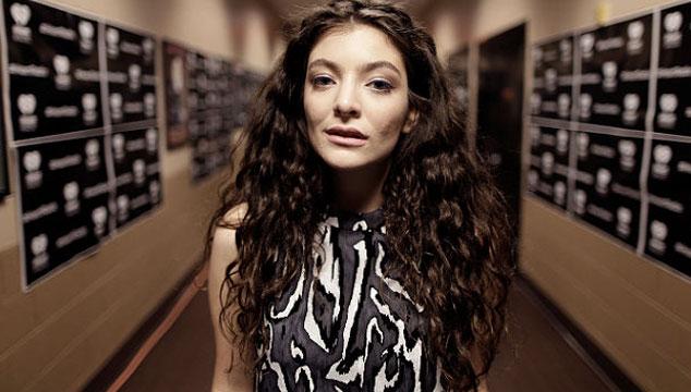 imagen Lorde revela su peor momento en tarima y habla de su banda antes de ser famosa