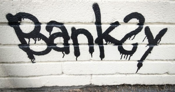 El nuevo mural de banksy inspirado en el brexit cochinopop for El mural pelicula