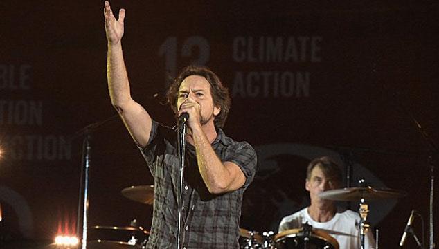 imagen Intenta no llorar con el discurso de Eddie Vedder sobre la muerte de Chris Cornell