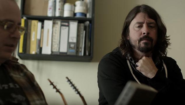 imagen Dave Grohl escucha con vergüenza demos viejos de Foo Fighters